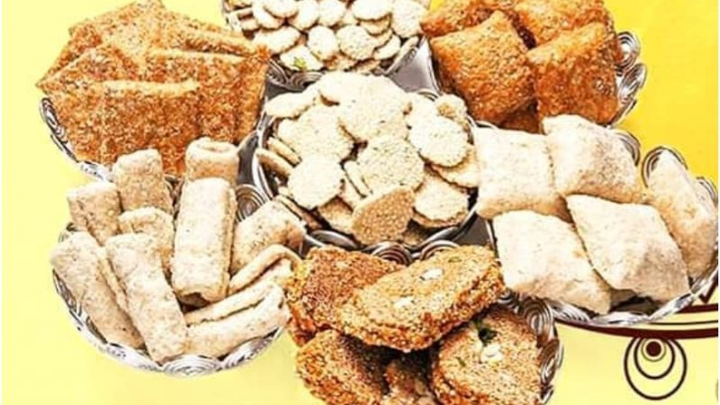 Makar Sankranti 2020: Traditional Food Items One Can't Miss Out on
