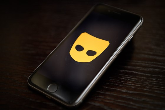 Dating apps like Grindr could pose a national security risk, experts warn